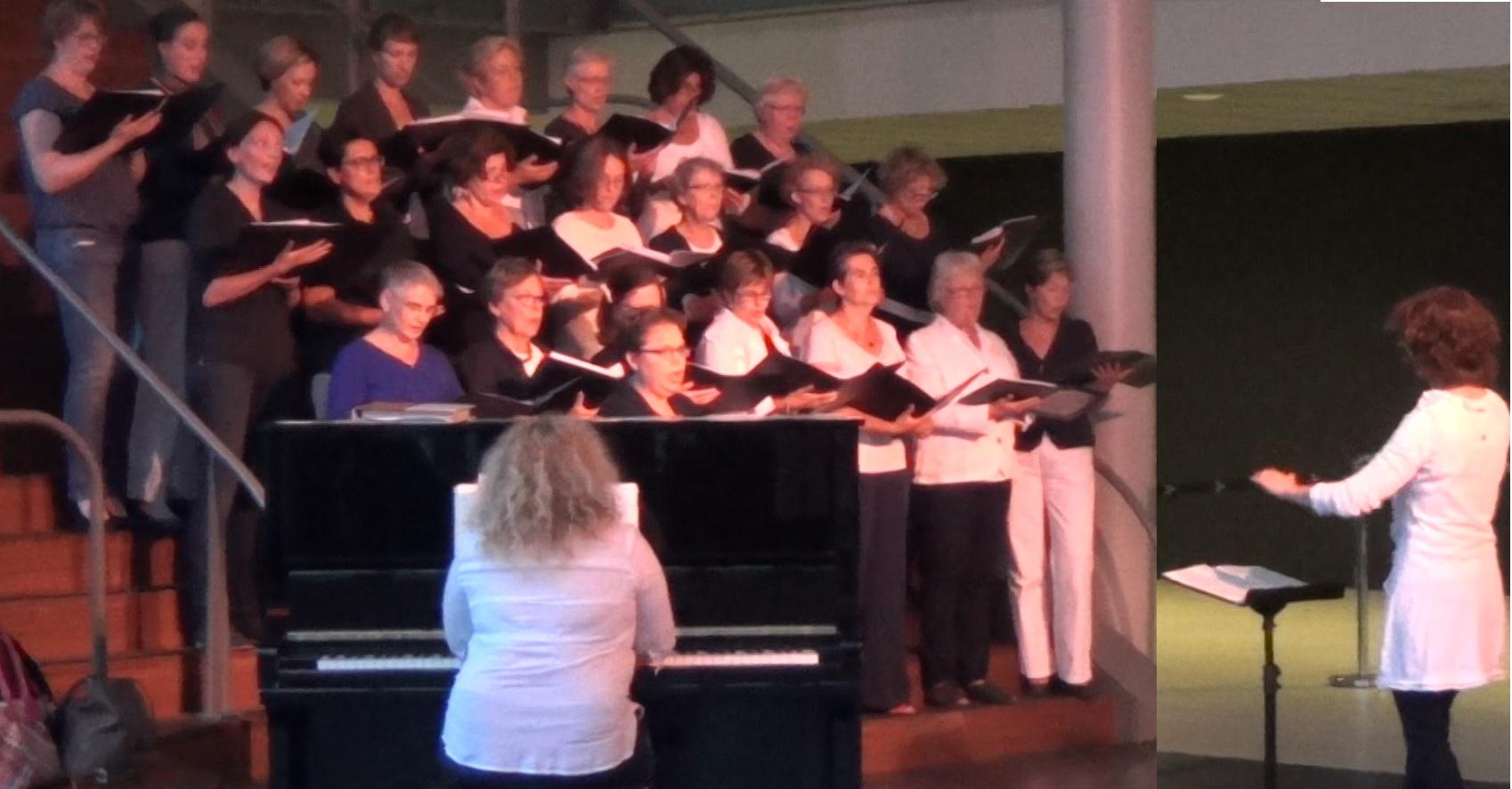 Pianist koor begeleiding koor